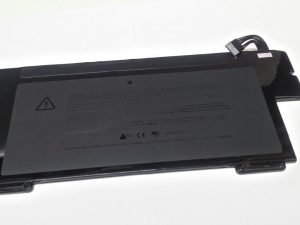 A1245 Battery for Apple MacBook Air 13 inch A1237 Early 2008 (Original), A1304 (Late 2008, Mid 2009)